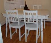 Antiqued White Country Dining Table & 4 Chairs