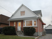 Durham Region - Oshawa Duplex Income Property - Near Durham College