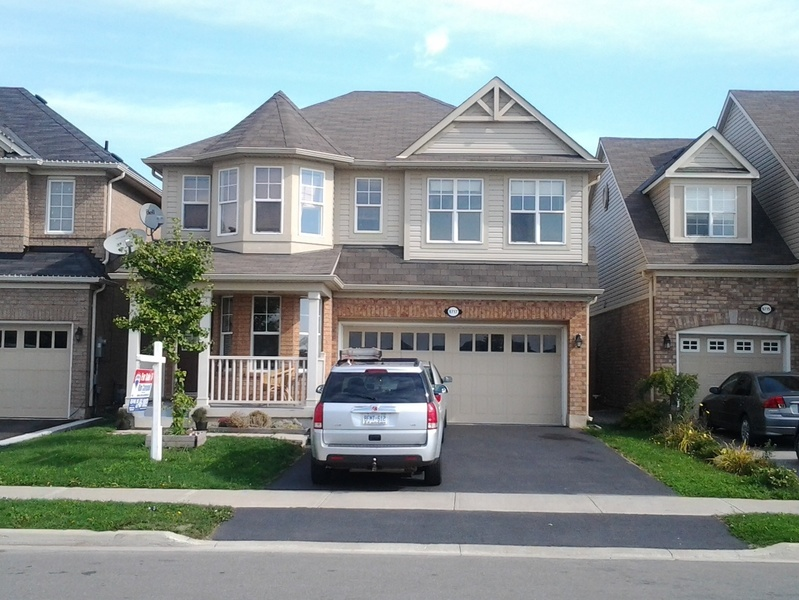 Beautiful 4bedroom House For Rent In Brampton Toronto