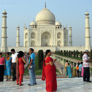 Willing to Enjoy Same Day Agra Tour at Budget Price?