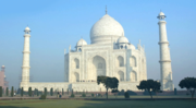 Tour to Taj Mahal – An Unforgettable Journey to Agra