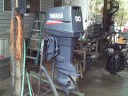 SLIGHTLY USED YAMAHA OUTBOARD MOTOR ENGINE FOR SALE ! !