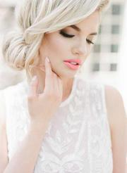 Hire Professional Mobile Hair and Makeup in Toronto